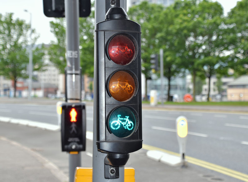 A traffic light showing the green light for cyclists